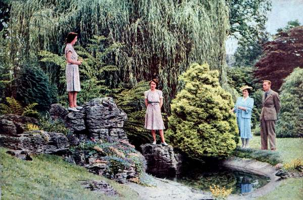 King George VI, Queen Elizabeth and their daughters.