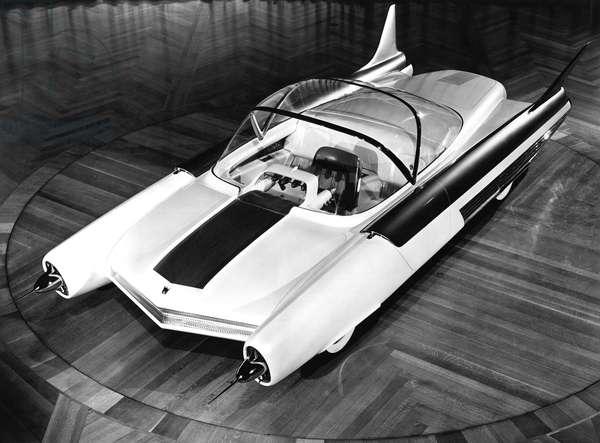 Ford FX-Atmos Concept Car, Detroit, MIchigan, March,  1953 (b/w photo)