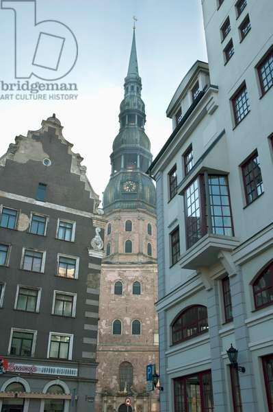 Medieval Buildings & St. Peter's Church, Riga, Latvia (photo)