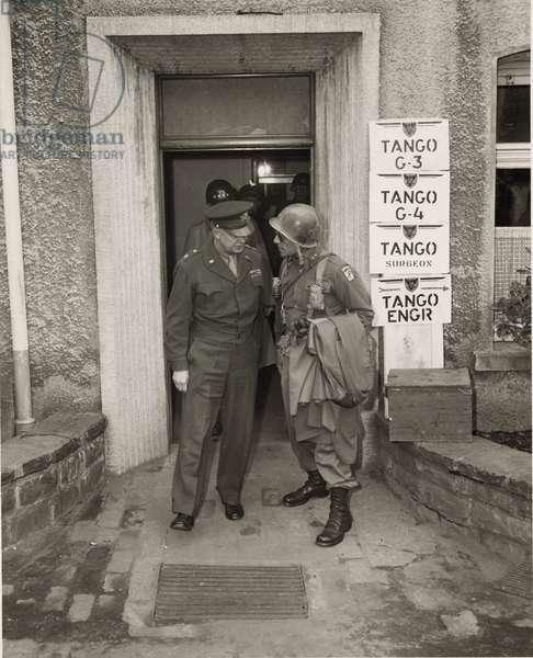 Eisenhower & General Patton 1925 (photo)