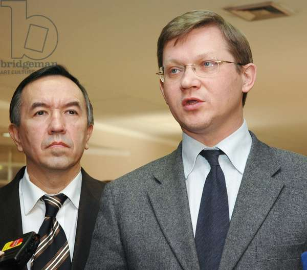 Leaders of the Republican Party of Russia (Rpr) Vladimir Ryzhkov (R) and Vladimir Lysenko Answer Reporters' Questions after a Session of Russia'S Supreme Court, the Republican Party of Russia has Been Closed Down by the Court'S Decision, March 23, 2007.