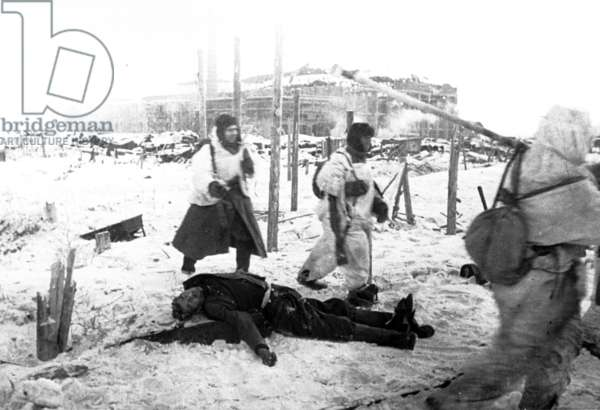 Stalingrad, December 1942, Red Army Troops and Dead German Solider.