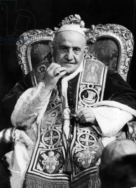 Pope John XXIII, Ioannes XXIII, born Angelo Giuseppe Roncalli 25 November 1881 – 3 June 1963, was the head of the Roman Catholic Church from 28 October 1958 to his death in 1963