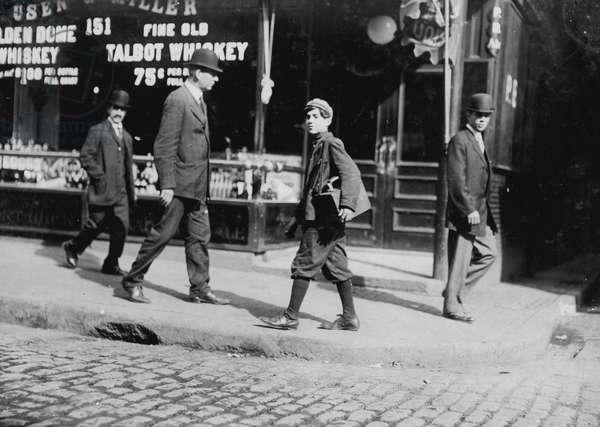 Sunday morning. One of the old-style bootblacks 1909 (photo)