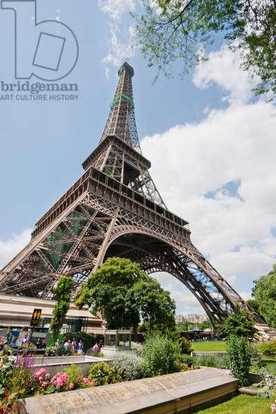Eiffel Tower, Paris, France (photo)