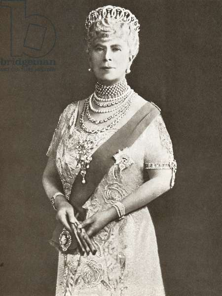 Mary of Teck, Victoria Mary Augusta Louise Olga Pauline Claudine Agnes, 1867 - 1953. Queen consort of the United Kingdom as the wife of King George V. From The Story of 25 Eventful Years in Pictures, published 1935 ©UIG/Leemage