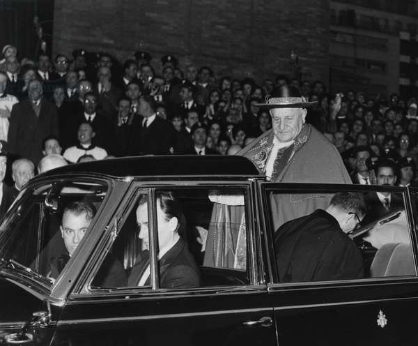 Rome, February 26, 1961 visit to the Church of St