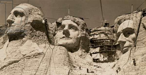Mount Rushmore Construction (b/w photo)