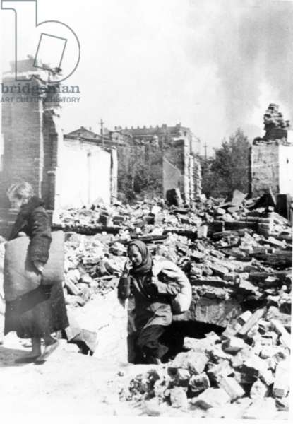 World War Ll: Destruction in Stalingrad Caused by Enemy Bombing.