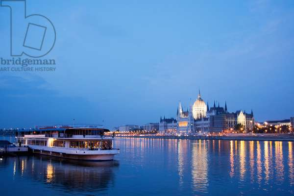 Hungary, Budapest, View Along the River Danube at Night With the Parliament Building (photo)