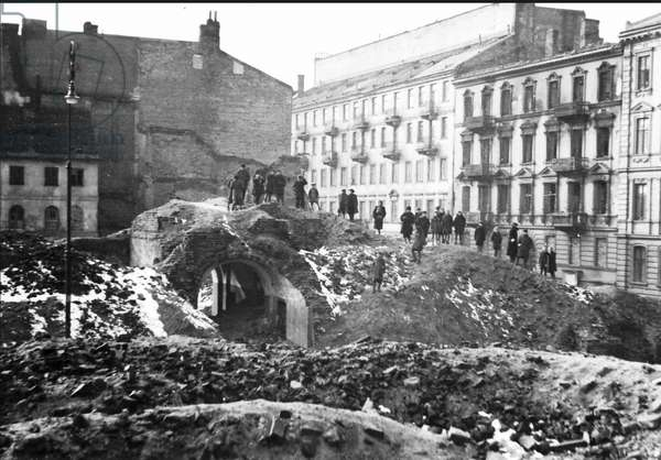 Remains of the Warsaw Ghetto (b/w photo)