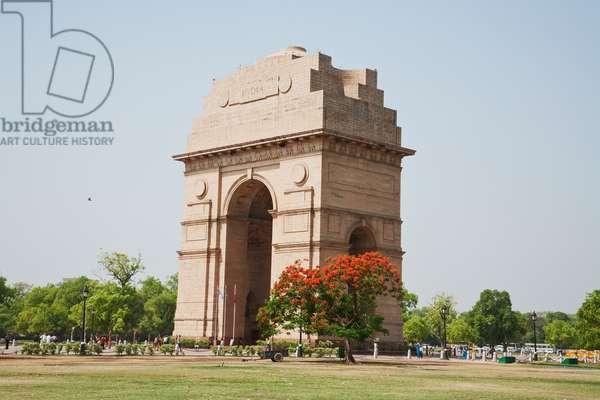 India Gate, Delhi, India (photo)