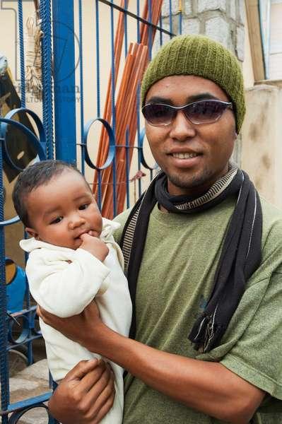 Man & Baby in Antananarivo, Madagascar (photo)
