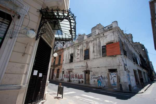 Old Pharmacy in San Telmo, Buenos Aires, Capital Federal, Argentina (photo)