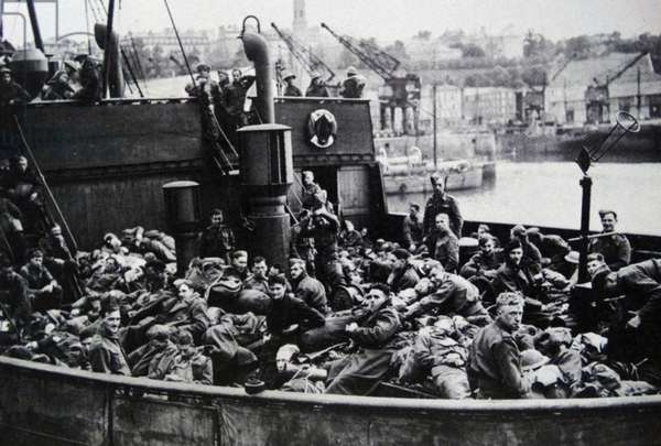 British troops evacuate from France as the German army invades 1940; Dunkirk; France