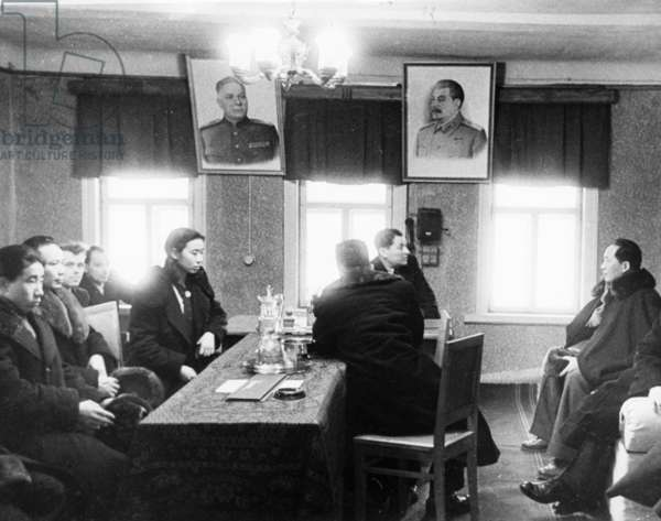 Mao Zedong Talks to Alperovich, Chairman of the Collective Farm Board in his Office, Mao Visits the Luch Collective Farm in Krasnogorsk District of the Moscow Region.