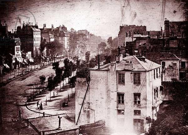 Boulevard du Temple, Paris, 3rd arrondissement, 1838 (daguerreotype )