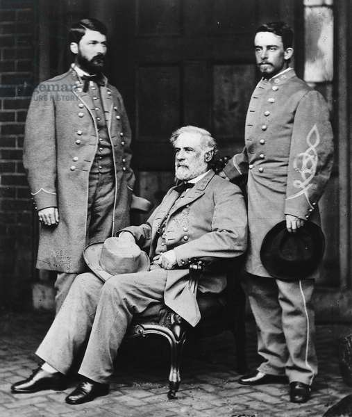 Robert Edward Lee : Robert E. Lee seated on the porch of his Richmond home with Major General George Washington Custis Lee and Col. Walter Taylor, April 1865; by Mathew Brady ©Encyclopaedia Britannica/UIG/Leemage