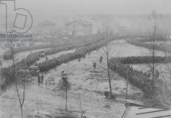 1,500 Russian prisoners receiving bread rations, 1914 (b/w photo)