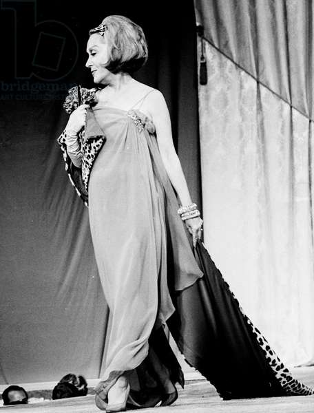Gloria Swanson, 1964 (b/w photo)