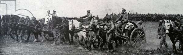 Russian army advances with captured enemy artillery, 1915