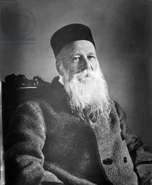 Jean Henri Dunant (1828-1910) Swiss author and philanthropist, founder of the Red Cross between 1935 and 1945.