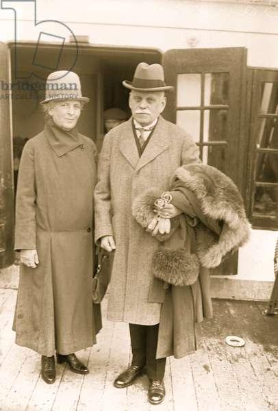 Count Konrad V. Zeppelin & wife (photo)