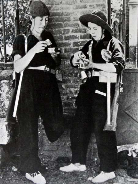 Spanish Civil War female Republican militia guards