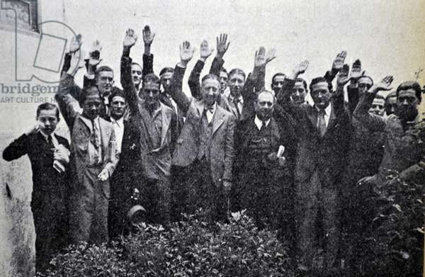 Spanish Civil War: Eduardo Ezquer regional Flange leader, with a group of Falangists