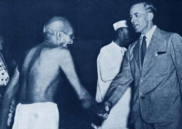 Mohandas Karamchand Gandhi meets British Colonial Secretary