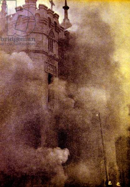 Spanish civil war: Carmelite church of Santa Teresa , the Plaza de Espana destroyed .