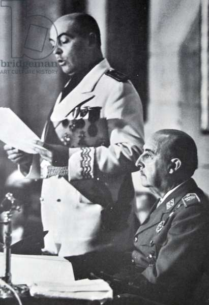 General Franco sits and listens to José Solís Ruiz, 1966