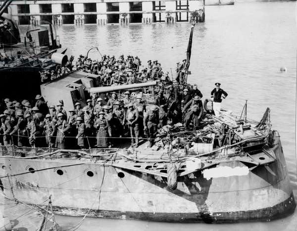 Ships Full of British Soldiers at Dunkirk, May 1940 (b/w photo)