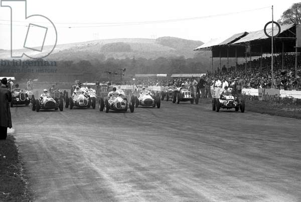 The start of Festival of Britain Trophy race (b/w photo)