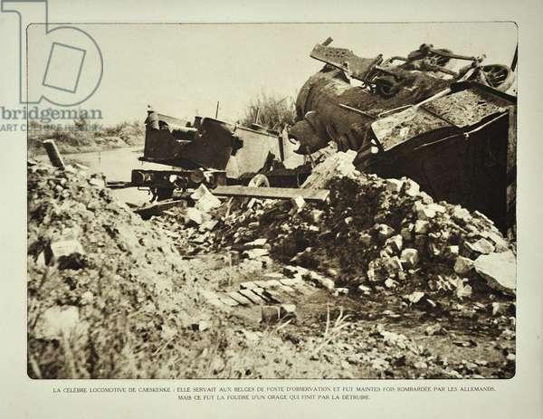 Destroyed locomotive after bombardment at Kaaskerke in Flanders during the First World War, Belgium ©UIG/Leemage