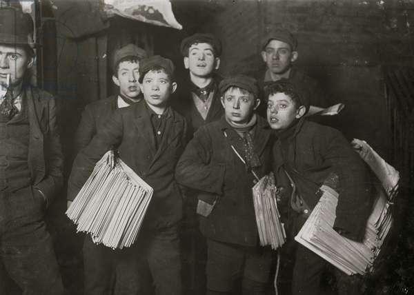 Group of Newsboys on Frankfort Street near World Building. 1908 (photo)