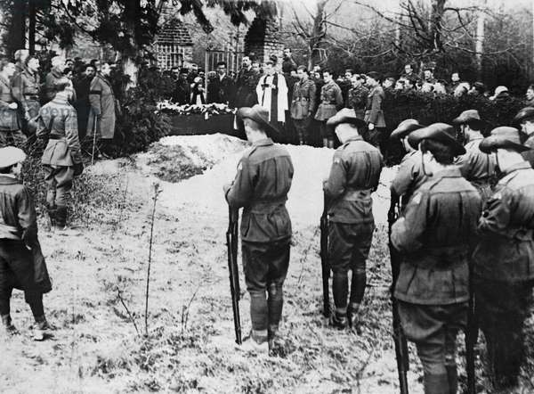 The Red Baron Burial (b/w photo)