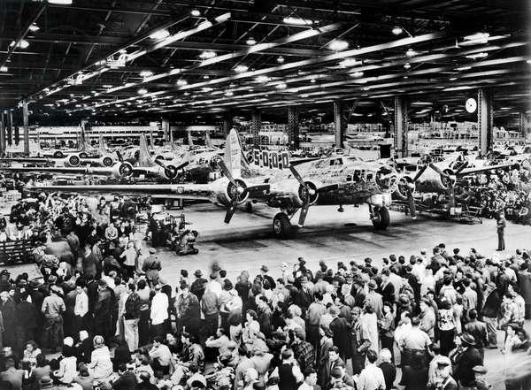 5,000th Boeing B-17 Built (b/w photo)