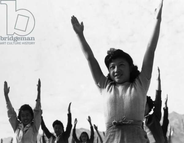 Calesthenics, Manzanar Relocation Center, California, 1943 (photo)