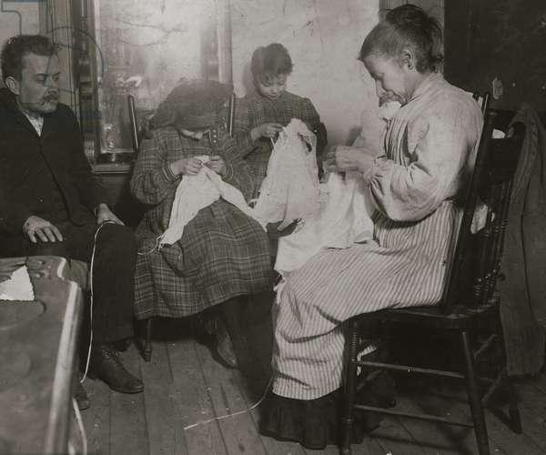 Garment workers. Upper East Side, N.Y.C. 1911 (photo)