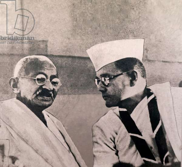 Mahatma Gandhi, campaigner for Indian independence, speaks to Subhas Chandra Bose, India