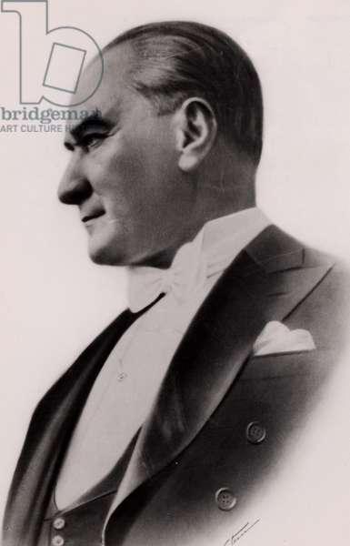 Mustafa Kemel Ataturk (1881-1938)