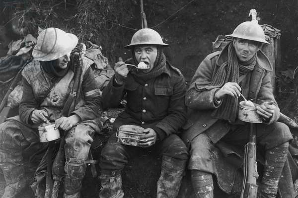 Soldiers Eating Their Rations, 1916 (b/w photo)