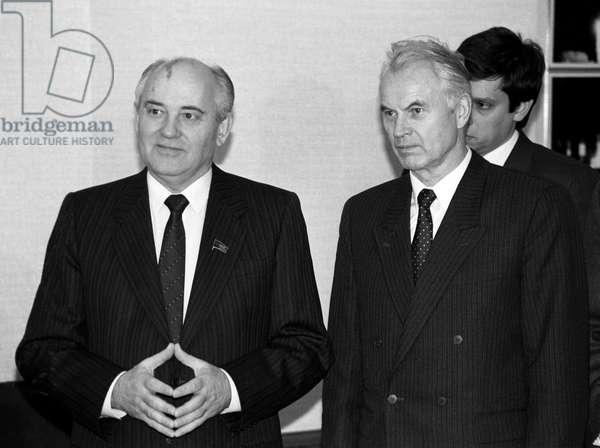 Mikhail Gorbachev Meets Hans Modrow
