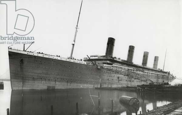 RMS Titanic during fitting out, 01 January 1912 (b/w photo)