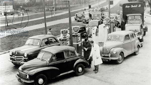 Motorists queuing during the Suez Crisis, 1956
