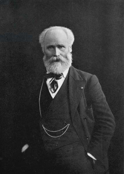 (James) Kier Hardie (1856-1915) Scottish-born British Labour leader, a founder of the Labour Party.