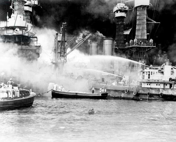 The burning of the 'West Virginia' Battle ship