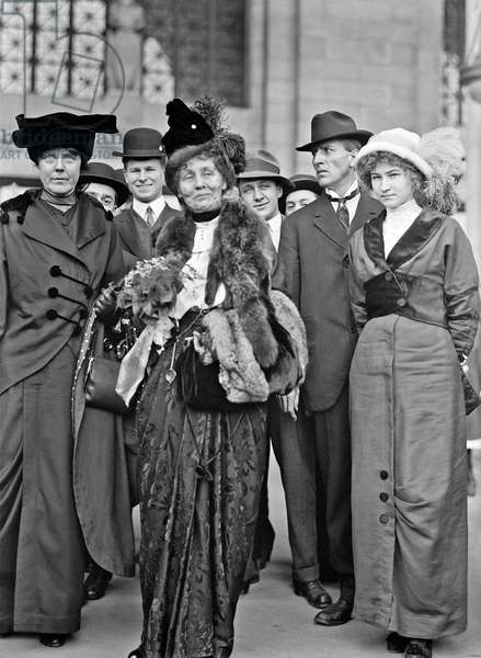 Lucy Burns and Emmeline Pankhurst, American suffragettes
