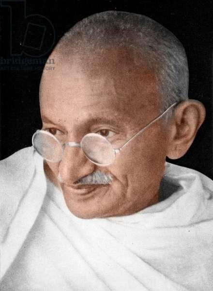 Mohandas Karamchand Gandhi dit Mahatma Gandhi (1869-1948), leader politique et spirituel indien, vers 1937 - Mahatma Gandhi, c. 1937. ©Dinodia/Uig/Leemage